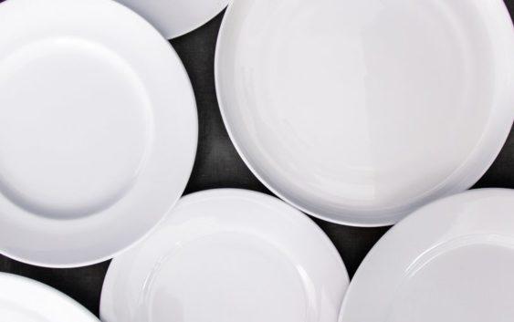 Особенности выбора посуды на кухню