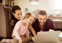 С Днем семьи, любви и верности: как выгодно купить квартиру семье с ребенком